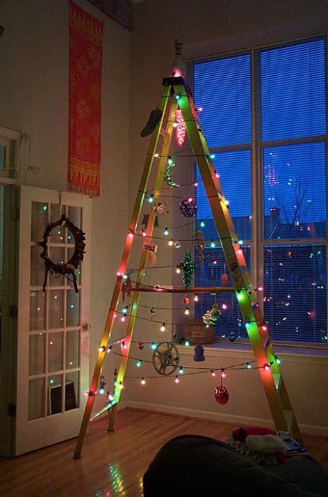 Merdiven yılbaşı ağacı